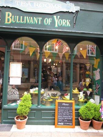 Bullivant of York: During tour de france