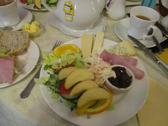 Bullivant of York: Ploughman's lunch