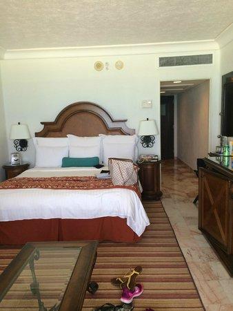 CasaMagna Marriott Cancun Resort: My room...