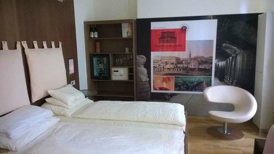 Hotel Rathaus Wein & Design: Bedroom