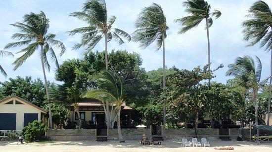 Villa Tanamera: view of the villa from the beach