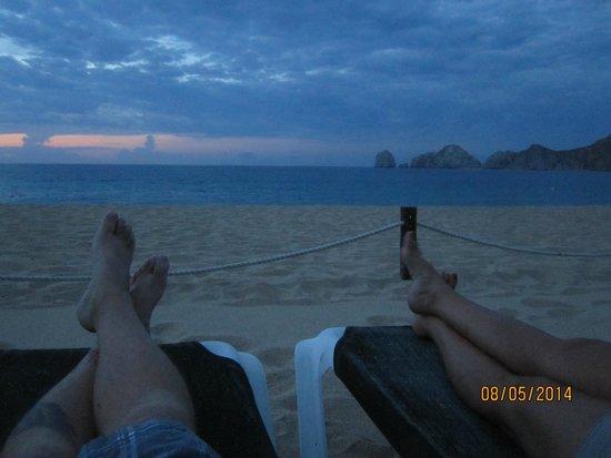 Villa del Arco Beach Resort & Spa: View from beach toward ocean around sunrise
