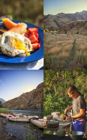 Hells Canyon Raft : Breakfast and our camp