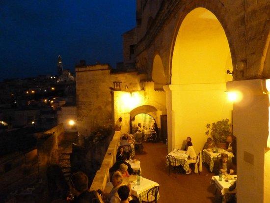 Il Terrazzino: Volte e scalini per questo originale ristorante