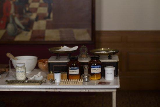 Musée de l'Hôtel-Dieu : De apotheek