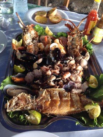 MARISQUERIA CORCOVADO: Seafood platter