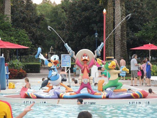 Disney's All-Star Music Resort: Main Pool