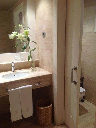 ما دو تورنت هوتل آند سبا: Bathroom