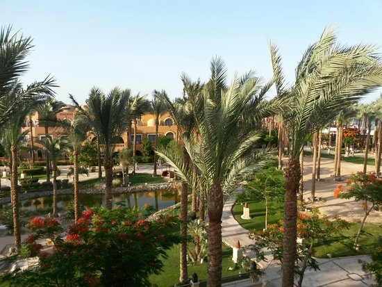 The Makadi Spa Hotel : room view (on the right)