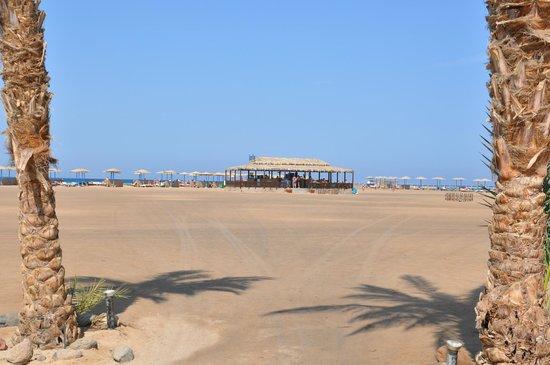 Hilton Hurghada Long Beach Resort: пляж