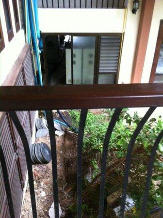 Koh Tao Regal Resort: Vue du balcon de l'accueil