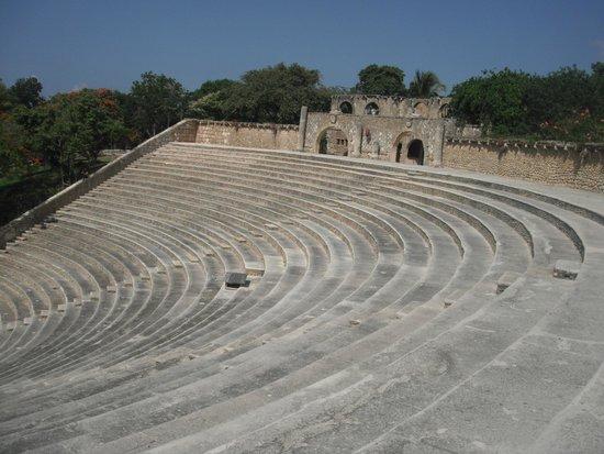 Altos de Chavon : Maravilloso e imperdible anfiteatro