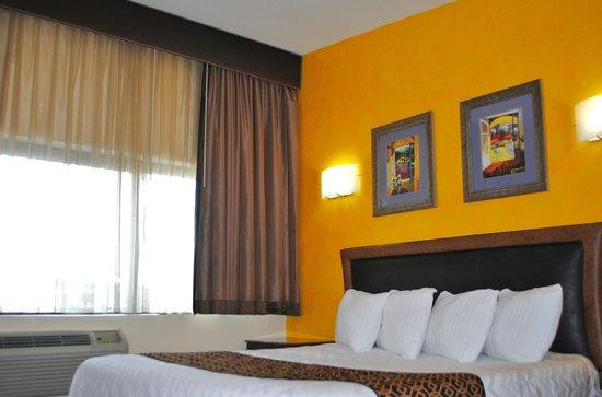 Surfside 3 Motel: Premium King