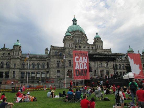 British Columbia Parliament Buildings: Canada Day