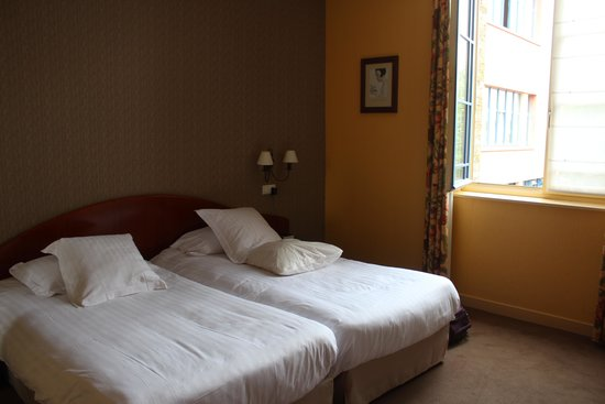 Best Western Hotel Hermitage : Good size bedroom