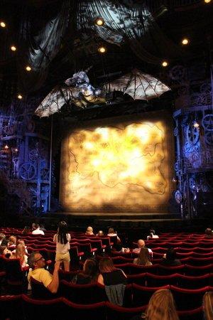 Wicked the Musical: La très belle scène