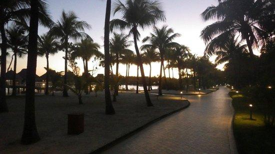 Conrad Bora Bora Nui: Sunset