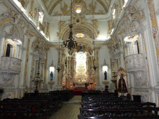 Church of Our Lady of the Candelária: Beleza do interior greja Candelária