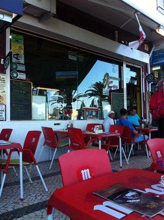 Ambiance Cafe