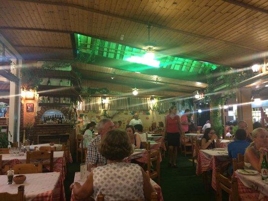 Napoli Pizzeria-Restaurant : Napoli Pizza, Ixia Rohdes