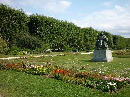Jardin des plantes picture of jardin des plantes paris - Jardin des plantes paris ...