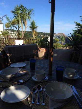 Headland House: Breakfast on the Garden Terrace