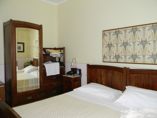 Grande Albergo Ausonia & Hungaria: chambre