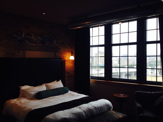 Iron Horse Hotel: Room view 1