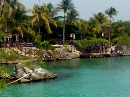 Parc Xel-Ha : Uno de los muchos puntos de acceso a la laguna
