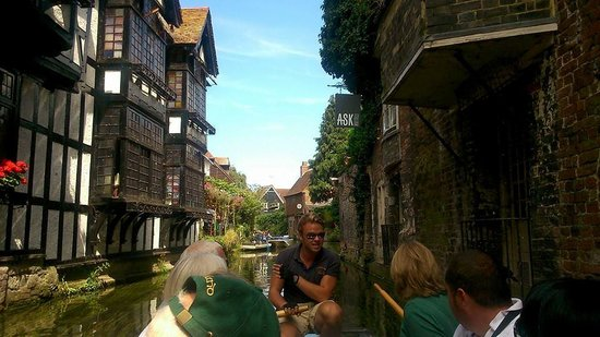 Canterbury Historic River Tours: Lovely architecture