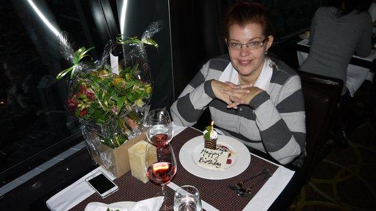 360 The Restaurant at the CN Tower: Шеф-повар обозначил тему торжества