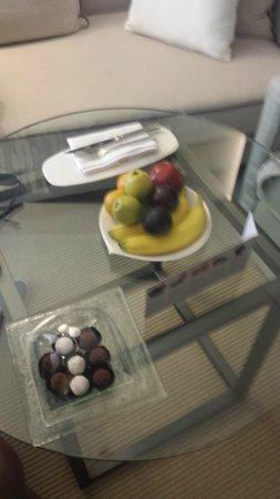 Le Royal Meridien Beach Resort & Spa: fresh fruit
