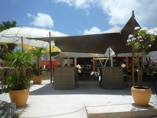 Van der Valk Kontiki Beach Resort: Het gezellige restaurant van Kontiki Beach Resort