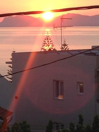 Mirabello Apartments : sun coming up from the villa