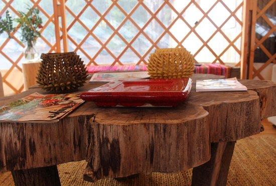 Magma Lodge: Mesa de descanso comedor restaurant