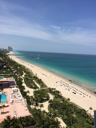 The St. Regis Bal Harbour Resort: The view from the balcony
