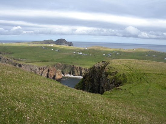 Fair Isle South Lighthouse and shore buildings. - Picture of South ...