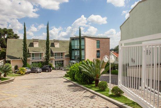 Hotel Vila Verde Atibaia : Faixada Hotel