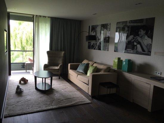 Van der Valk Hotel Heerlen : Living room in Wellness suite