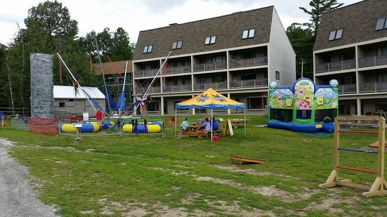 Sunday River Ski Resort: Rock climbing wall, Bungee Trampoline, & Bounce House