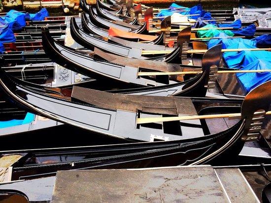 Venice Original Photo Walk and Tour: gondolas in the morning