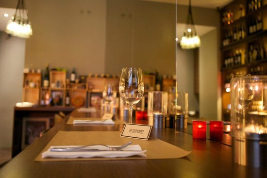 Bebedouro-Wine and food: Book now your place!