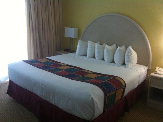 Best Western Atlantic Beach Resort: Room