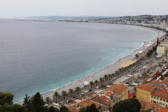 Hotel Nice Riviera: Short walk to a great view. Up on a hill not to far from hotel.