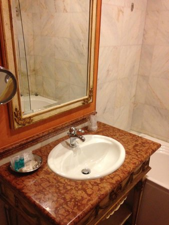 Veneto Palace Hotel : Vanity