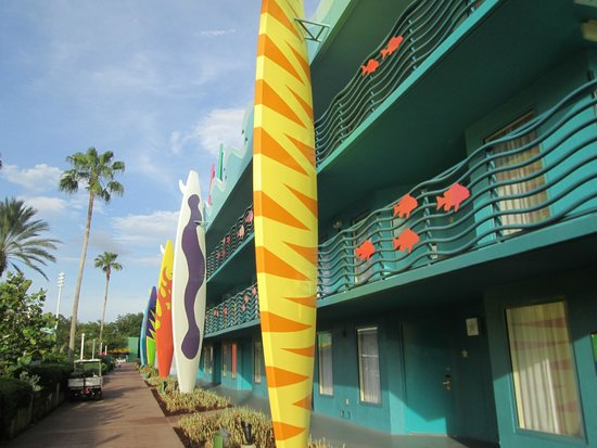 Disney's All-Star Sports Resort : Surfing