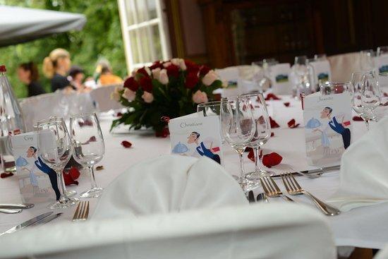 restaurant du chteau la demeure de la dame du fer plan de table avec apro - Chateau De Wendel Hayange Mariage
