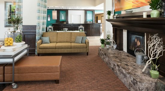 Hilton Garden Inn Denver / Highlands Ranch: Lobby
