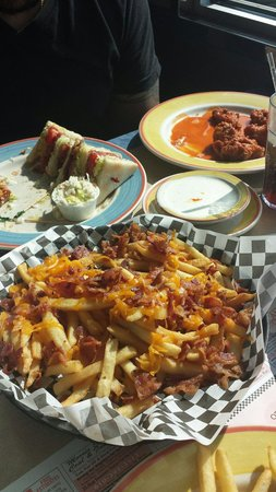 Trivet Diner: Loaded fries