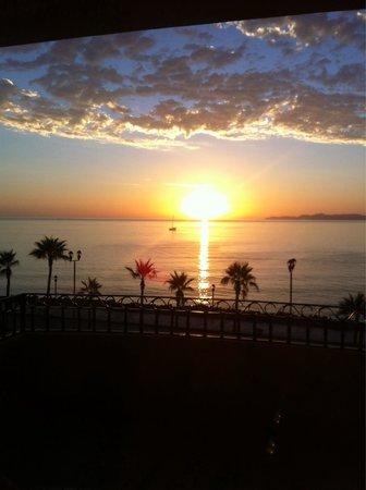"لا ميشن لوريتو هوتل: View from Room ""ISLA DEL CARMEN"""